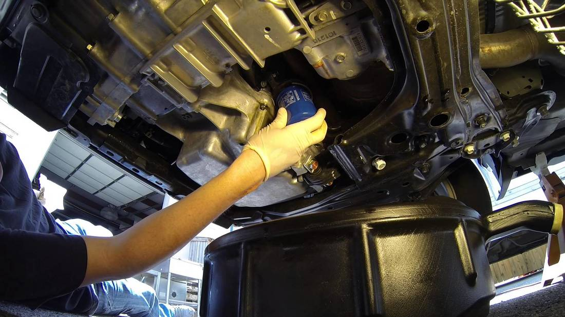 Three oil change services that scammed customers